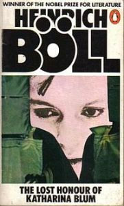 The cover to the Penguin English edition of the novel has the protagonist's face partially obscured by jungle foliage, almost in Heart of Darkness style.